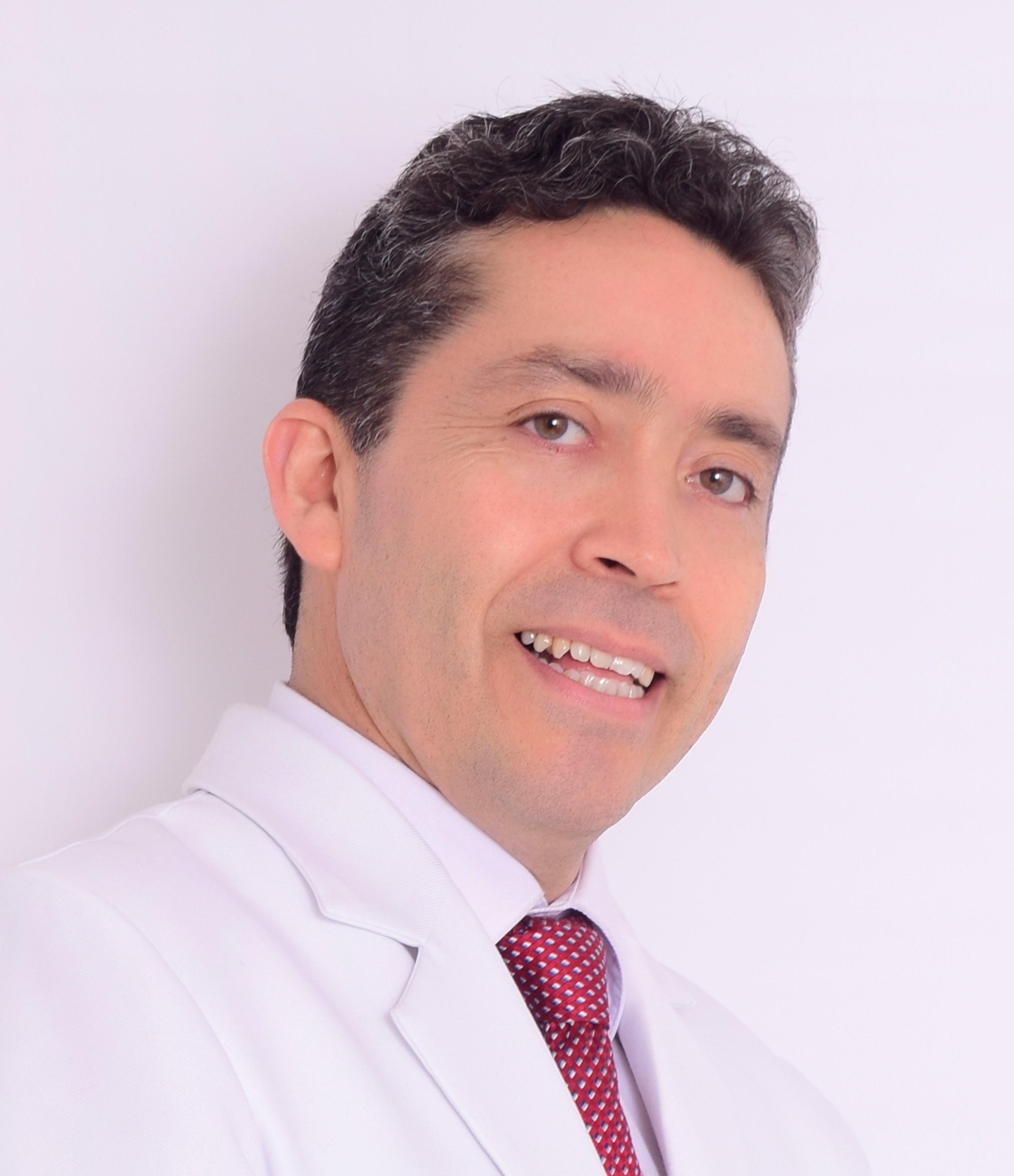 Dr. Espinoza García Ronald